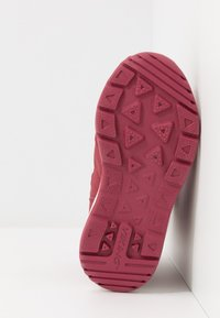 Viking - OKSVAL GTX - Zimní obuv - dark red/red - 5