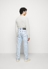Just Cavalli - PANTALONE - Džíny Straight Fit - blue denim - 2