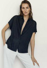 Massimo Dutti - Button-down blouse - black - 0