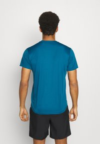 The North Face - MEN'S REAXION AMP CREW - Basic T-shirt - moroccan blue - 2