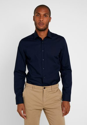 BUSINESS KENT PATCH SLIM FIT - Camisa elegante - dark blue