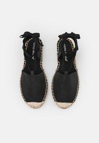 Vero Moda - VMVIRA - Sandals - black - 5