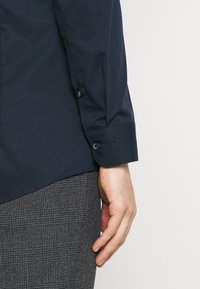 OLYMP No. Six - Formal shirt - kobalt - 5