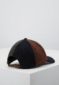 Hackett London - PATCHWORK CAP - Keps - multi-coloured - 2