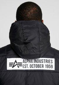 Alpha Industries - HOODED PUFFER - Light jacket - vintage green - 6