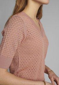 Nümph - Print T-shirt - ash rose - 3