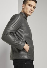 TOM TAILOR - Faux leather jacket - stone grey fake leather - 4