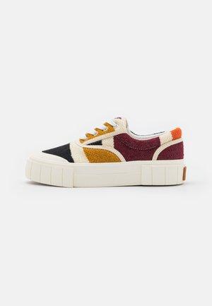 OPAL MOROCCAN UNISEX - Sneakers laag - brown