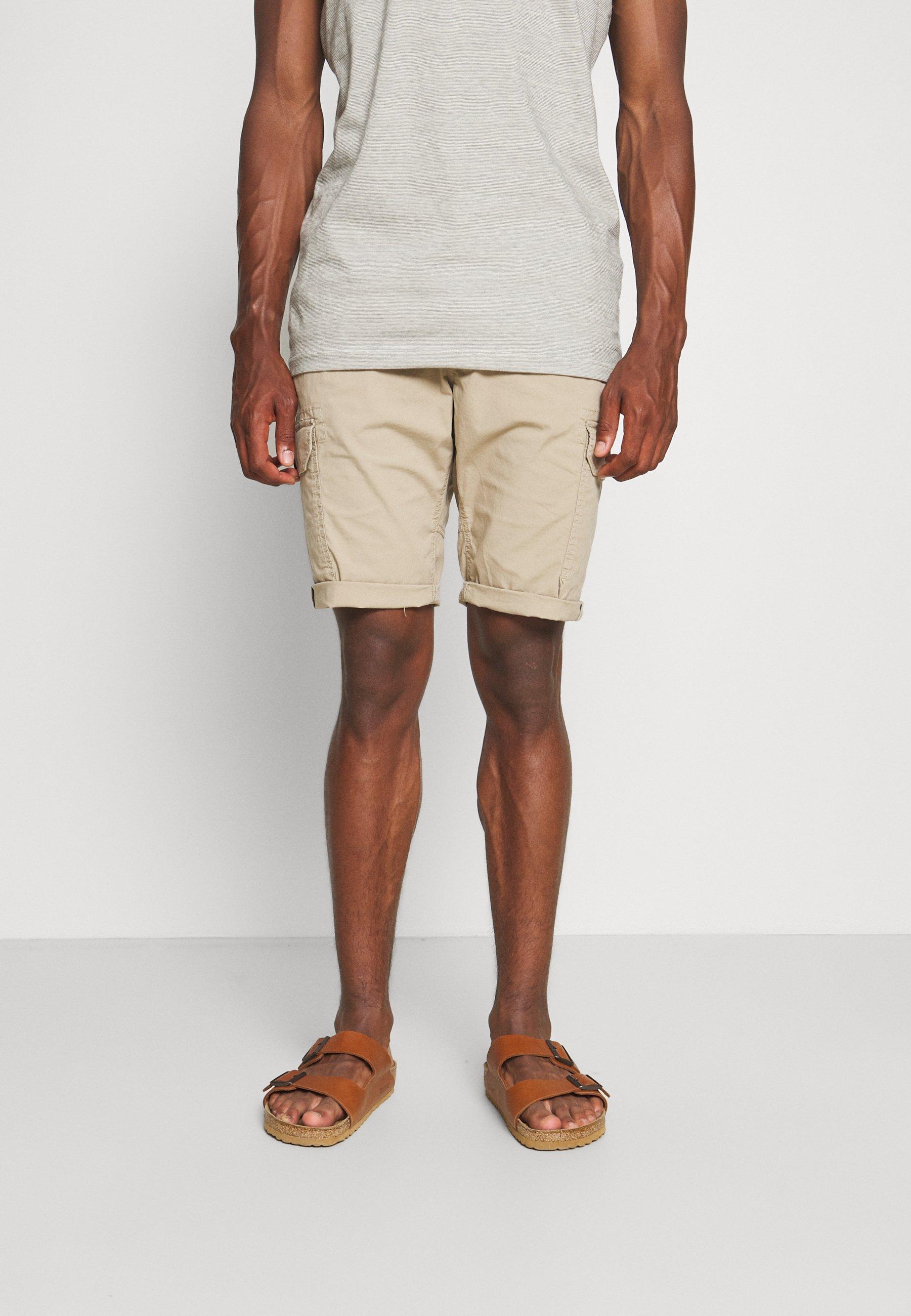 Men LIGHTWEIGHT CARGO - Shorts