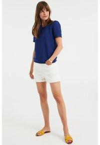 WE Fashion - MET STRUCTUUR - Basic T-shirt - navy blue - 1