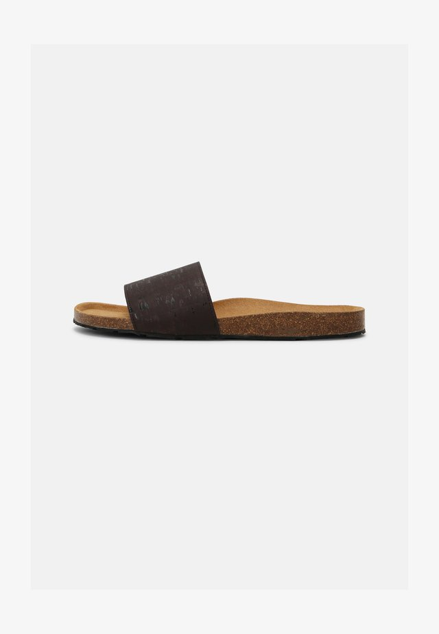 BAY VEGAN  - Mules - brown