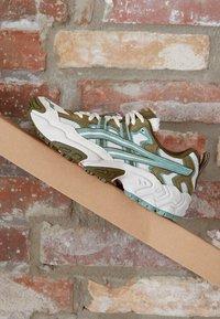 ASICS SportStyle - GEL-NANDI - Sneakers laag - birch/slate grey - 2