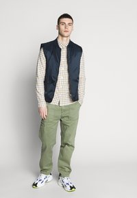 Lee - SLIM FIT - Camicia - golden yellow - 1
