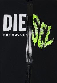 Diesel - BIAY SPLIT - Sweatshirt - black - 5