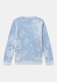 Nike Sportswear - MAGIC CLUB CREW - Bluza - football grey - 1