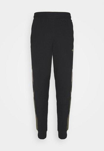CAMO  - Pantaloni sportivi - black/wild pine/multicolor