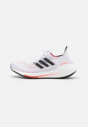 ULTRABOOST 21 UNISEX - Neutrala löparskor - footwear white/core black/solar red