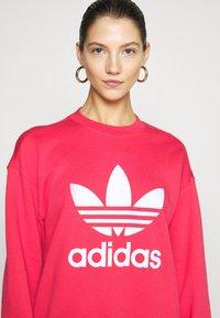 adidas Originals - CREW - Sweatshirt - power pink/white - 3