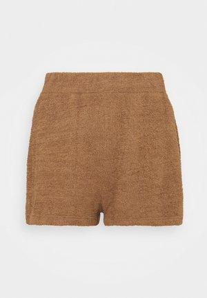 ADDISON  - Shorts - caribou