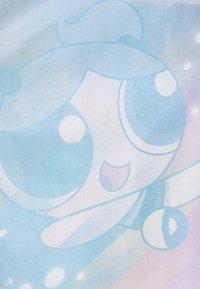 ONLY - ONLPOWER PUFF CROPPED - Print T-shirt - blue/neon - 2