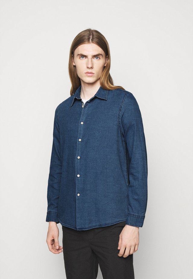 MENS REGULAR FIT SHIRT TRIM - Shirt - denim blue