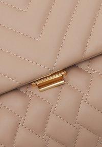 Forever New - JULIA QUILTED BAG - Handbag - taupe - 3