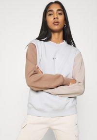 Nike Sportswear - Sweatshirt - vast grey - 3