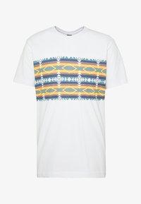 Urban Classics - INKA PATTERN TEE - Print T-shirt - white - 4