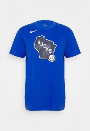 NBA MILWAUKEE BUCKS CITY EDITION DRY TEE - T-shirt med print - game royal