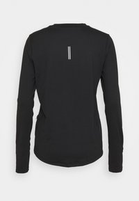 Nike Performance - W NK ELEMENT  - T-shirt de sport - black/silver - 1