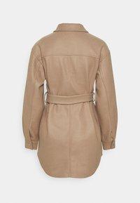 Vero Moda - VMVINCE JACKET - Short coat - silver mink - 1