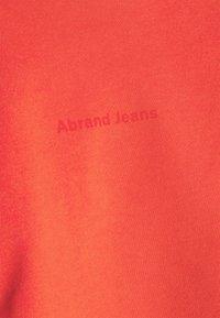 Abrand Jeans - OVERSIZED CROP - Sweatshirt - rust red - 5