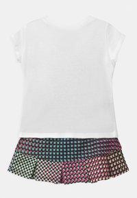 Nike Sportswear - PIXEL POP SCOOTER SET - Falda acampanada - black - 1