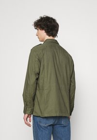 Polo Ralph Lauren - CLASSIC FIT DOBBY UTILITY SHIRT - Shirt - soldier olive - 2