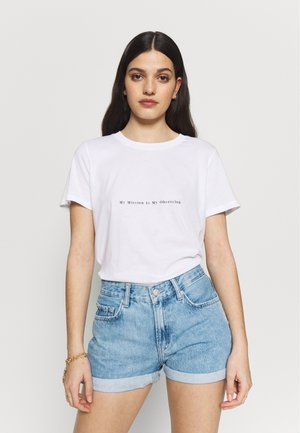 MY OBSESSION TEE - Print T-shirt - white