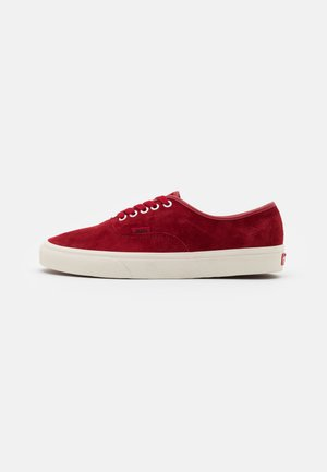 AUTHENTIC UNISEX  - Matalavartiset tennarit - red/offwhite