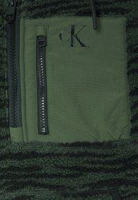 Calvin Klein Jeans - JACKET - Kevyt takki - deep depths - 2