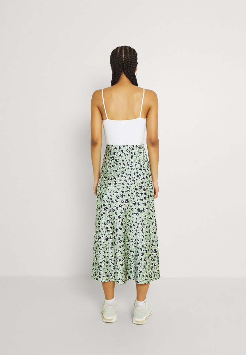 PCKATE MIDI SKIRT   A Linien Rock   hedge green