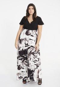 SPG Woman - Maxi dress - black - 0