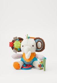 Skip Hop - BANDANA BUDDIES 19ELEPHANT - Knuffel - multi-coloured/grey - 1