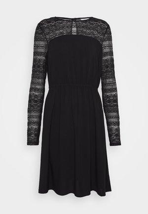 VIURIS LACE DRESS - Robe d'été - black