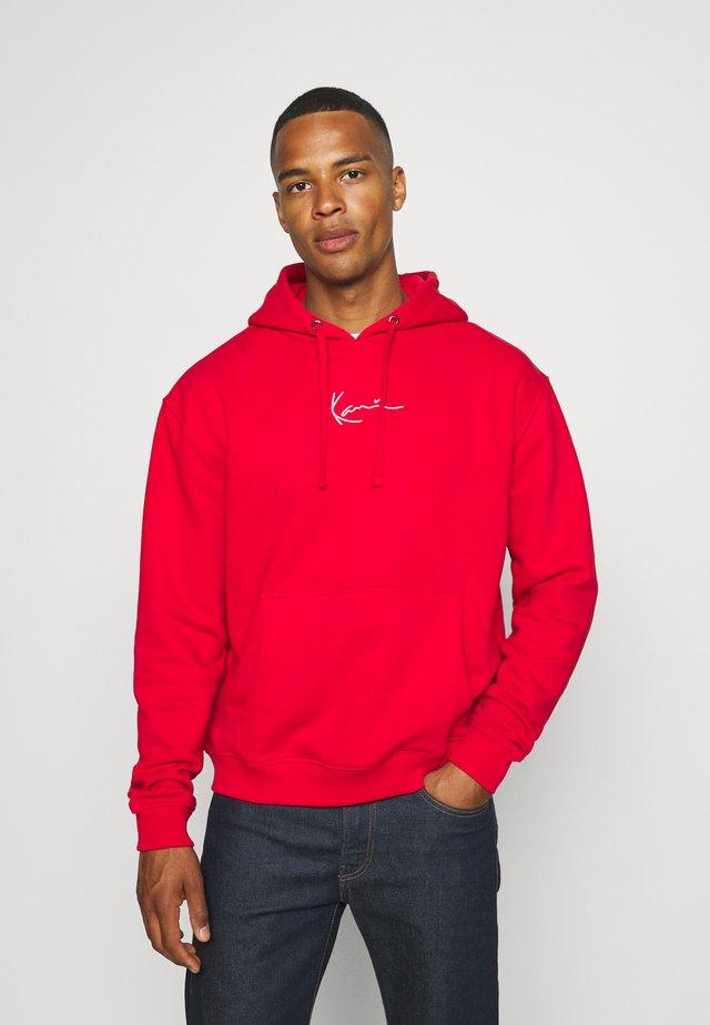 SMALL SIGNATURE HOODIE UNISEX  - Sweatshirt - red