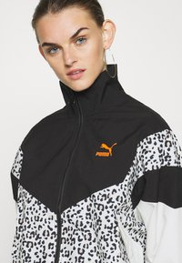 Puma - TRACK JACKET - Windbreaker - black - 5
