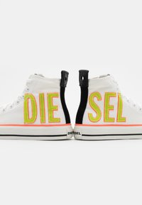 Diesel - ASTICO S-ASTICO MCE W SNEAKERS - High-top trainers - white - 5
