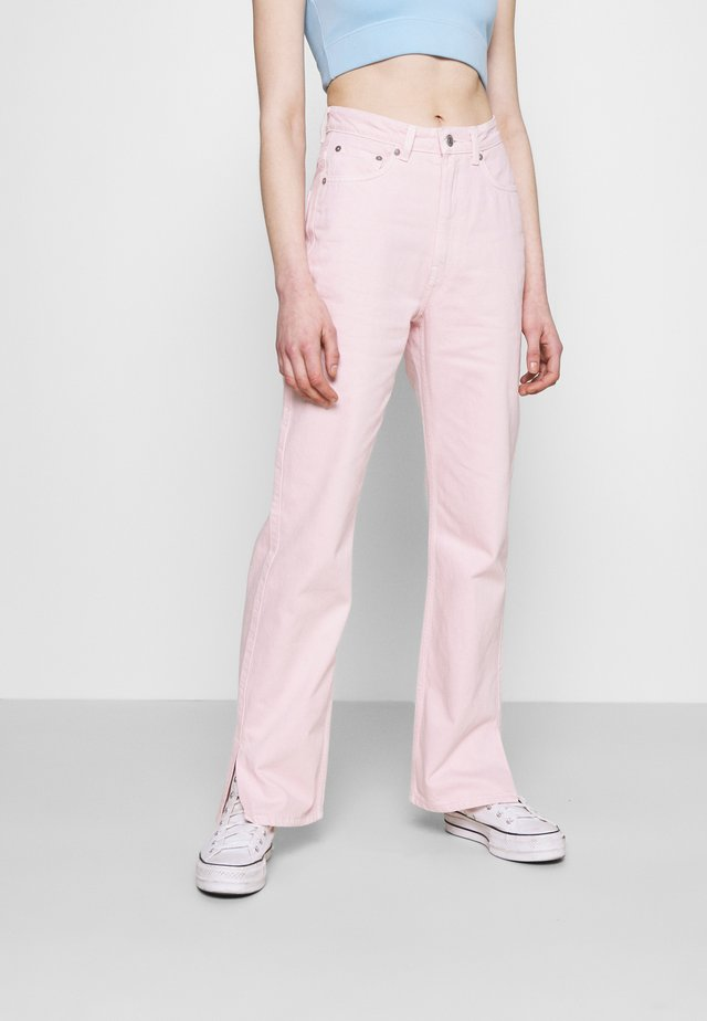ROWE SPLIT - Džíny Straight Fit - light pink