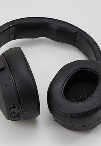 Skullcandy - VENUE ANC WIRELESS - Headphones - black - 6