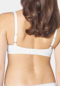 Triumph - Underwired bra - white - 2