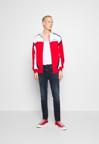 Tommy Jeans - SIMON SKINNY - Jeans Skinny Fit - dynamic chester blue - 1