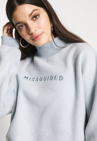 Missguided - NEW SEASON CROPPED - Sweatshirt - powder blue - 4