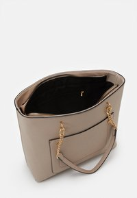 Dorothy Perkins - SLIP POCKET CHAIN HANDLE - Sac à main - nude